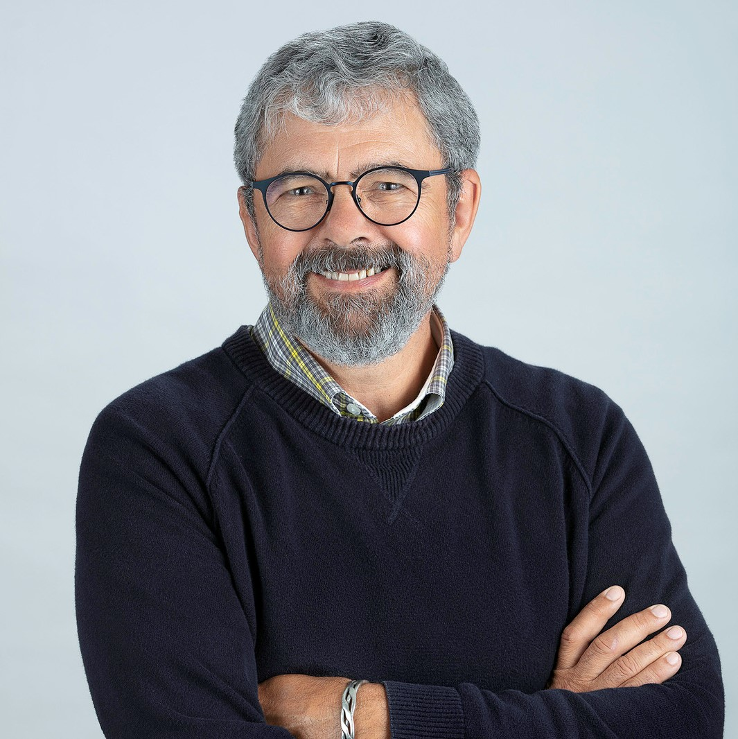 Scott Dudgeon, Board member of the Ontario Caregiver Organization, smiling portrait